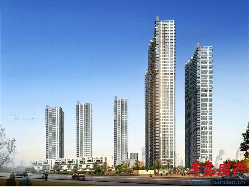 东方至尊分两期开发建设,1期项目1、2、3号楼33层的高层和7、8、9号楼叠拼别墅及幼儿园,一期超高层房源面积80-200平,主要剩余大户型,起价7400元/平,户型全明瞰海,目前已经是准现房实景呈现,计划于今年6月底交付使用。二期是4、5、6号楼,43层的超高层建筑,预计9月份开盘, 6800元/起,首批均价7500元/,户型大小是80-200平,目前正在全城预约中。 2014-08-26